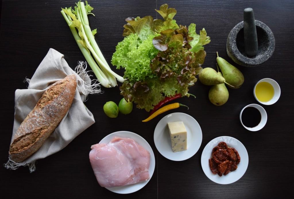 grilowany filet z indyka z gruszka i serem plesniowym skladniki
