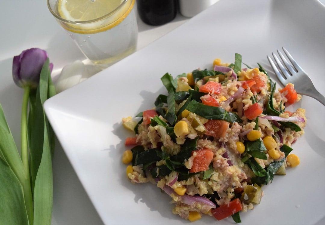 salatka z kaszy jaglanej z tunczykiem glowne