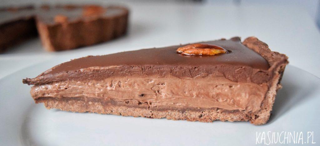 tarta czekoladowa zdjecie z boku
