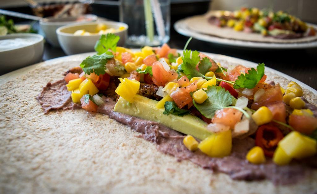 tortilla meksykanska z kurczakiem rozwinieta