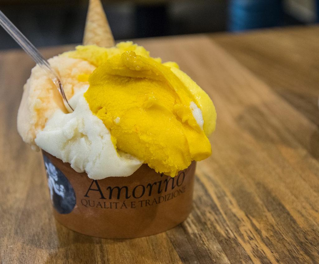 co i gdzie warto zjesc w porto amorino lody w kubeczku