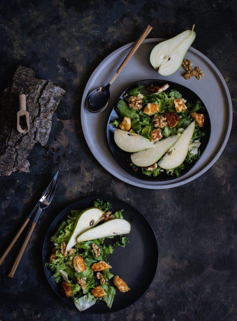 sałatka z gruszka - fotografia jedzenia