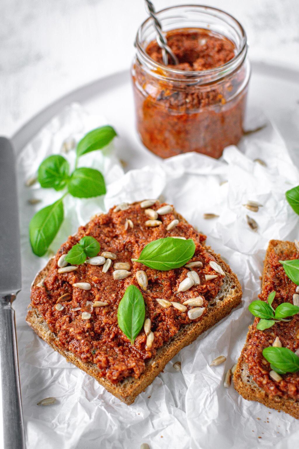 Pasta-suszone-pomidory