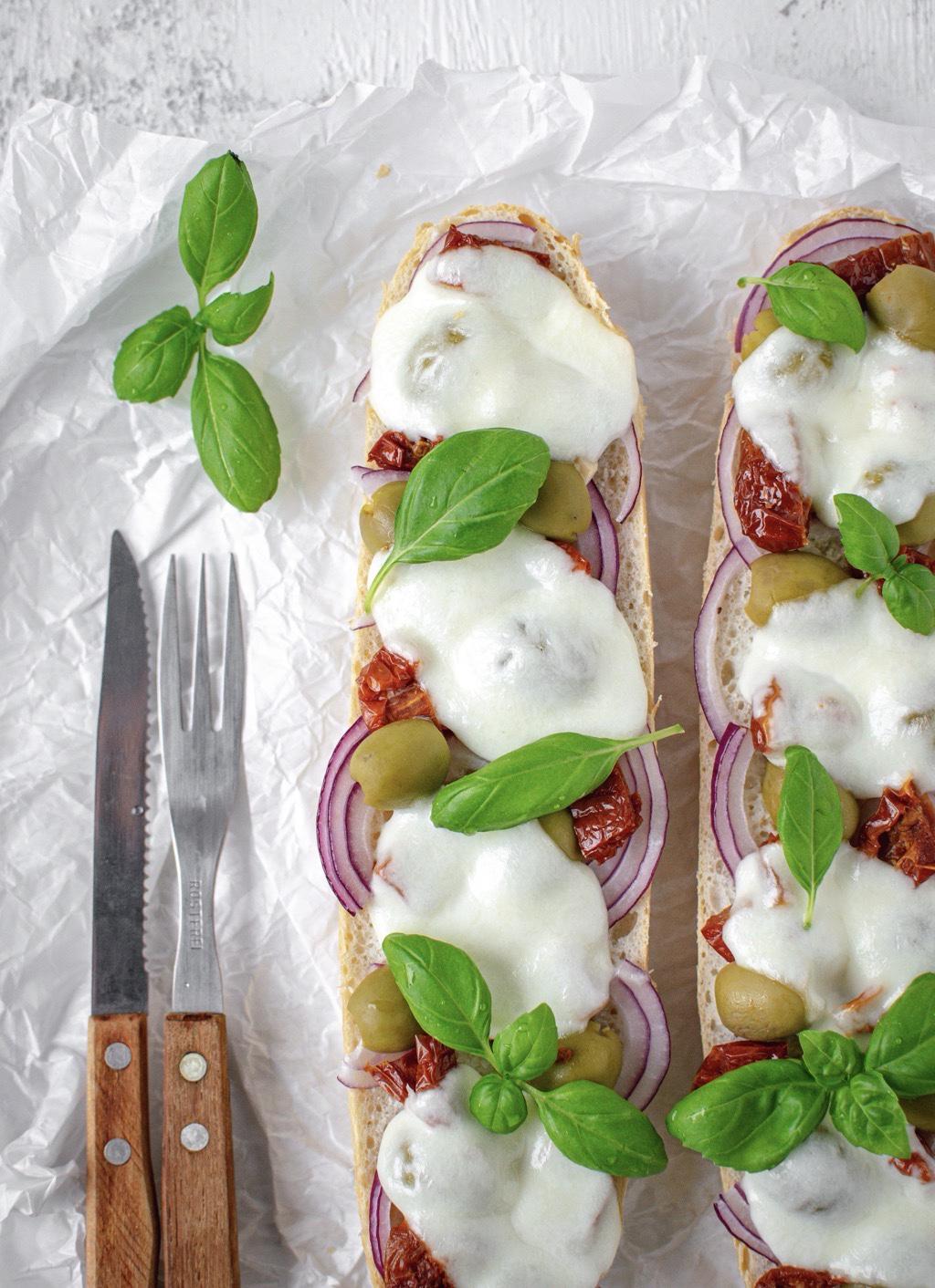 Zapiekanki-mozzarella